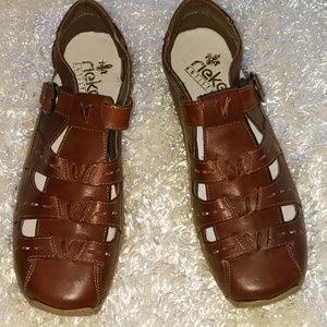 Brand new!! RIEKER brown shoes, SIZE 41